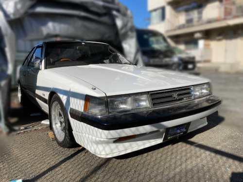 年式 トヨタ 10ソアラ