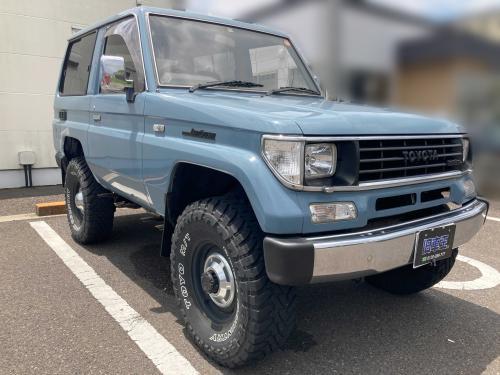 年式 トヨタ ランドクルーザープラド71