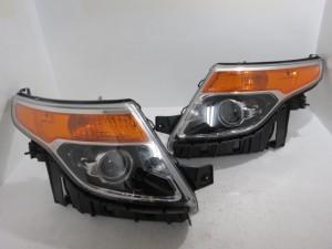 アウトレット!! 2011-15 フォード エクスプローラー 純正 ヘッドライト 左右セット 未使用品